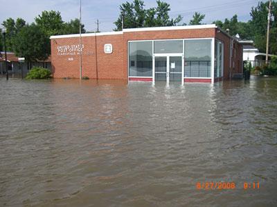 Clarksville, Mo. Post_office 2008 Flood
