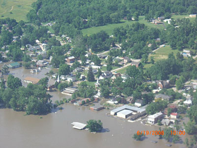 Clarksville, Mo. from_air_flooded